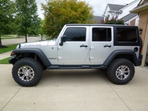 Wrangler with 35s and 2 inches of lift