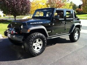 JK with 2.5 inch lift and 35s