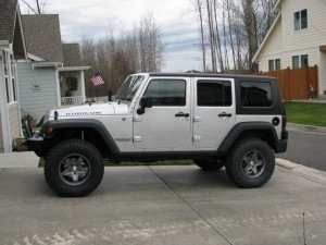 "Jeep JK with 35"" tires and 3 inches of lift"