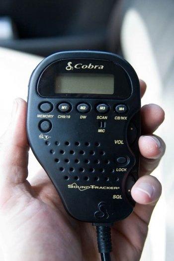 JK Wrangler CB radio