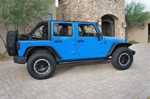 Jeep JK with 35s and no lift