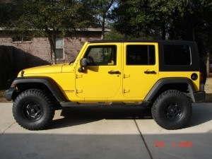 Wrangler with 35 inch tires and 2.5 inches of lift