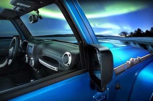 Jeep-Wrangler-Polar-Edition-right-side